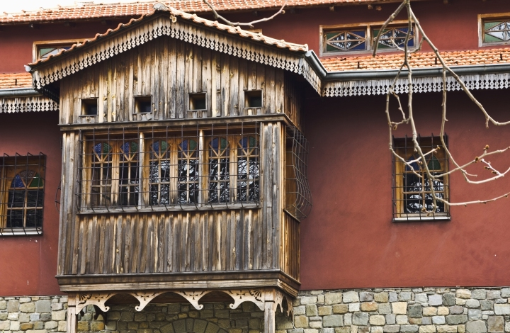 Old monastery detail at Metsovo.jpg